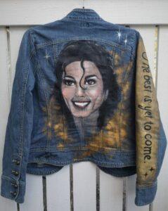 Wearable art - uniikki farkkutakki